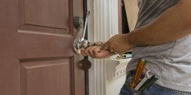 Avoid locksmith scammers who take advantage of consumers